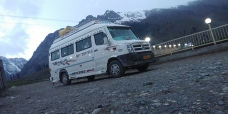 tempo traveller for delhi